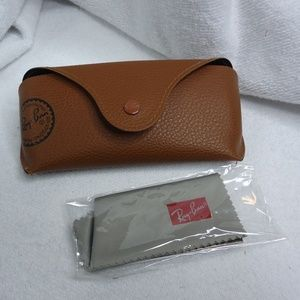 Set of 2 Ray-Ban Glasses Cases & Cleaning Cloths